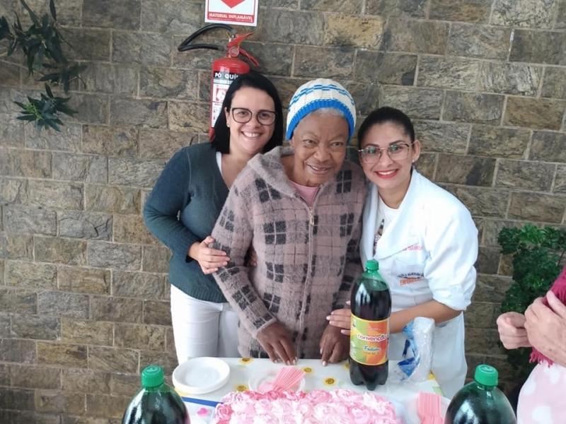 Asilo para Idoso de Longa Permanência Parque Palmas do Tremembé - Asilo de Terceira Idade com Médicos