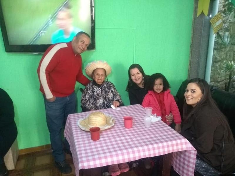 Clínica de Hospedagem para Idoso com Fisioterapia Parque Brasil - Clínica e Casa para o Idoso