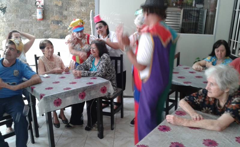 Clínica Dia para Idosos com AVC Preço Vila Santana - Clínica Dia para Idosos Particular