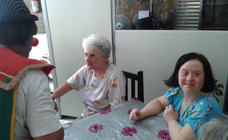 Clínica Dia para Idosos Doentes Preço Parque do Carmo - Clínica Dia para Idosos com Alzheimer