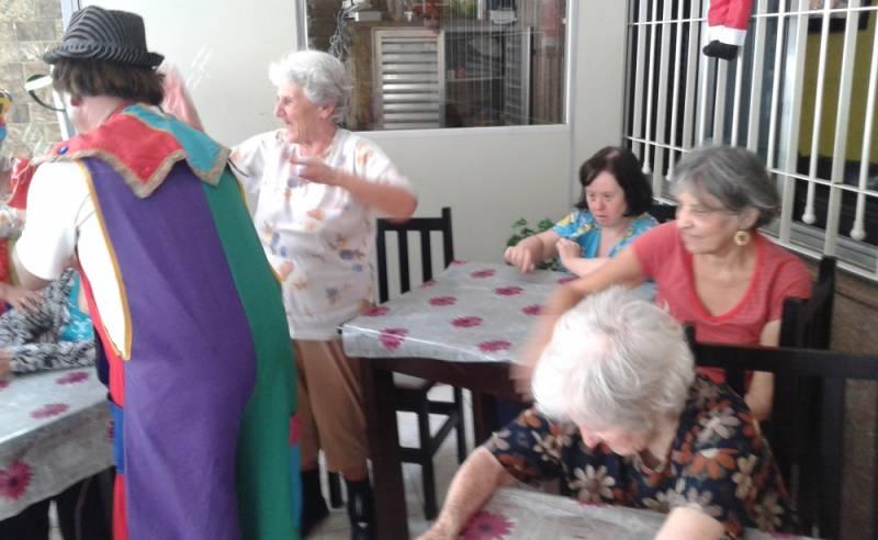 Clínica Dia para Idosos Particular Preço Guarulhos - Clínica Dia para Idosos Passarem o Dia