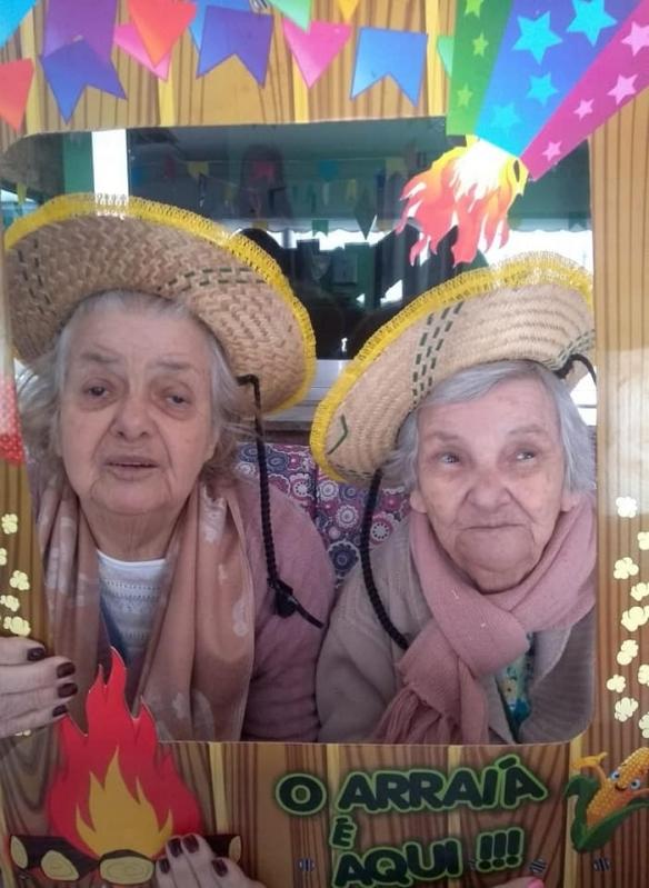 Clínica e Casa Repouso Idoso Jardim Vila Formosa - Clínica de Hospedagem para Idoso com Parkinson
