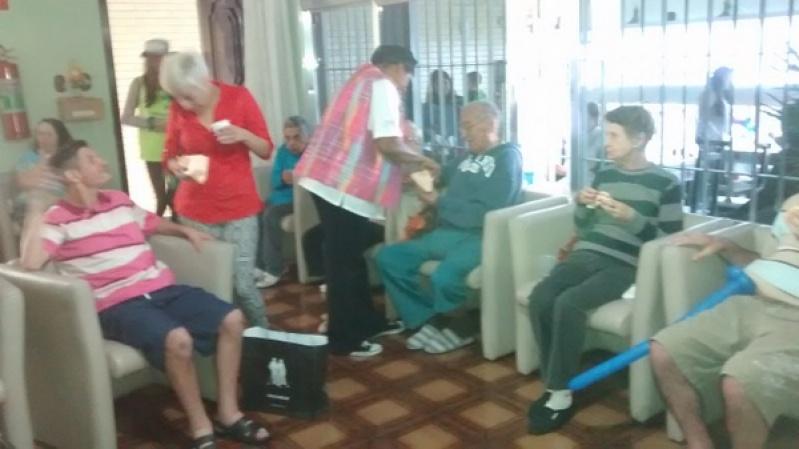 Clínicas Geriátricas no Conjunto Promorar Vila Maria - Casa de Repouso Idosos