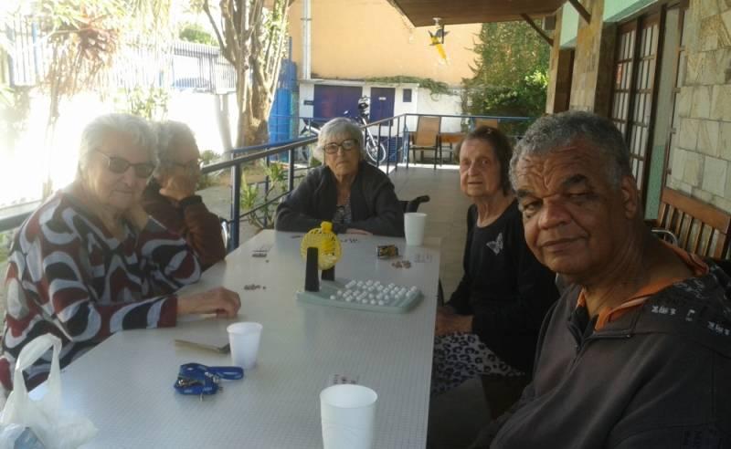 Hospedagens para Terceira Idade no Jardim Vila Carrão - Hospedagem para Idosos