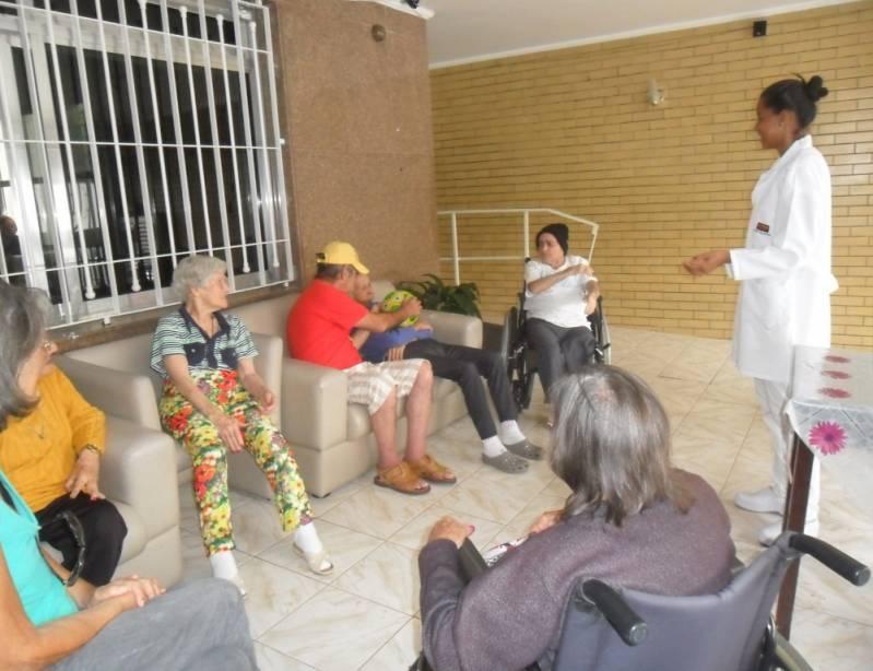 Onde Encontrar Clínica Dia Geriátrico Jardim Brasil - Clínica Dia para Idosos com Fisioterapia