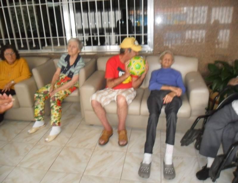 Onde Encontrar Clínica Dia para Idosos com AVC Vila Brasílio Machado - Clínica Dia para Idoso com Atividades
