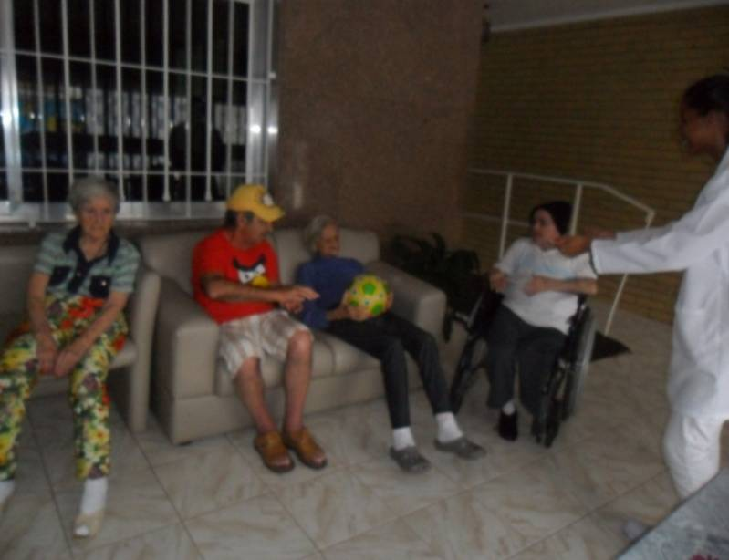 Onde Encontrar Clínica Dia para Idosos com Médicos Jardim Jaçanã - Clínica Dia Geriátrico