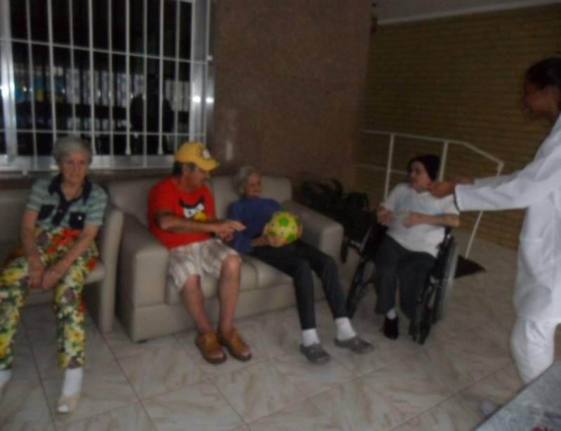 Onde Encontrar Clínica Dia para Idosos com Médicos Jardim Santana - Clínica Dia para Idosos Passarem o Dia
