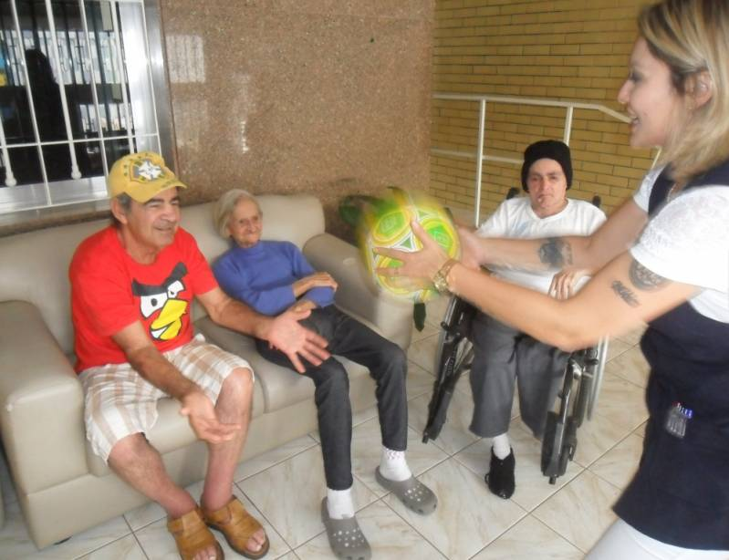 Onde Encontrar Clínica Dia para Idosos com Parkinson Vila Anglo Brasileira - Clínica Dia para Idosos com Alzheimer