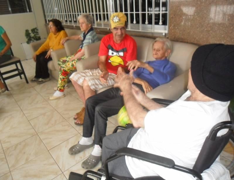 Onde Encontrar Clínica Dia para Idosos Dependentes Vila Carrão - Clínica Dia para Idosos com Fisioterapia