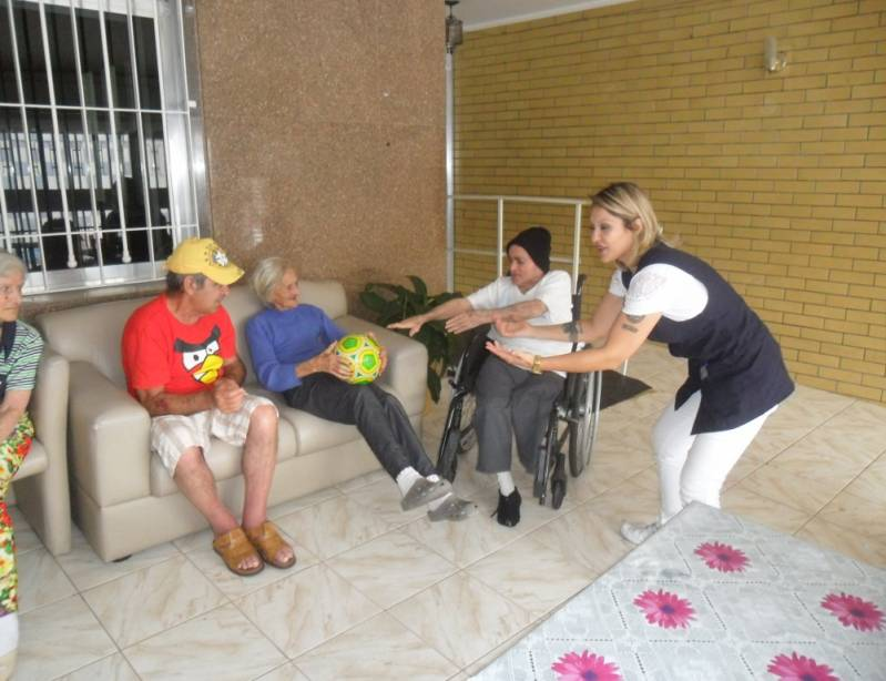 Onde Encontrar Clínica Dia para Idosos Doentes Vila Brasil - Clínica Dia para Idoso com Alzheimer