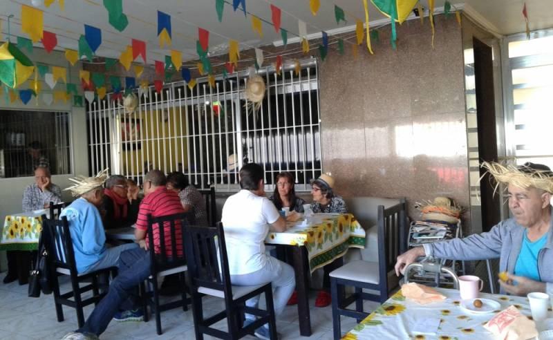 Quanto Custa Clínica Dia para Idosos Acamados Parque Vila Maria - Clínica Dia para Idoso com Atividades