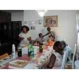 Cuidadora de idosos na Ponte Rasa