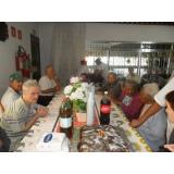 Cuidadores de idosos na Vila Alpina