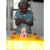 Cuidadores de idosos no Ibirapuera