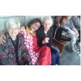 moradia para idoso com assistência médica